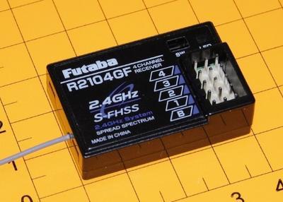 R 2104 GF, 2.4 GHz FHSS, Empfänger