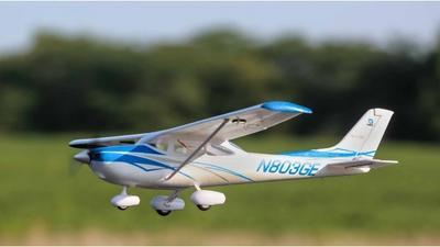 UMX Cessna 182, BNF mit AS3X