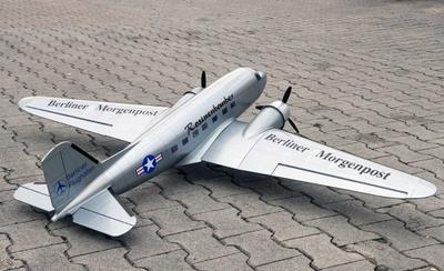 Douglas DC-3 (silber), 1800 mm ARF