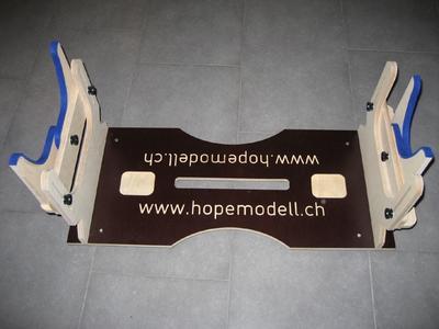 Modellhalter MH-700